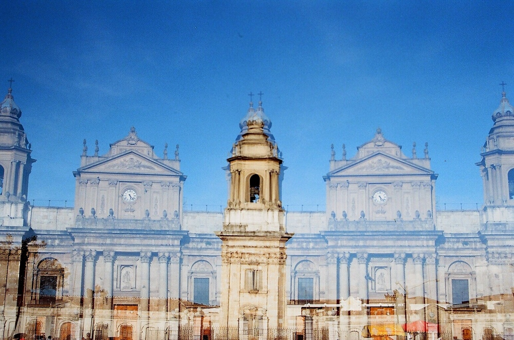 Doris Trejo - Catedral de Santiago, Guatemala.