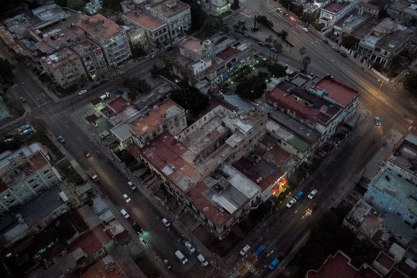 Alexis Aubin - La Havane, capitale de Cuba est une ville coloniale qui compte 2 millions dhabitants.