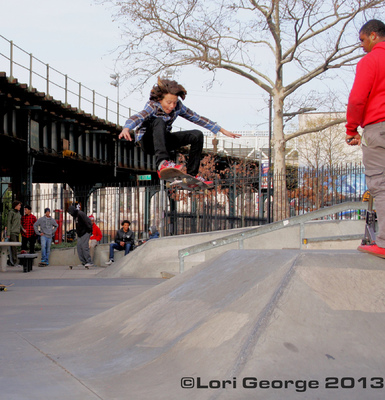 Lori George Photography - River Ave Skatepark Thanksgiving weekend 2013|Skateboarder:Kenny