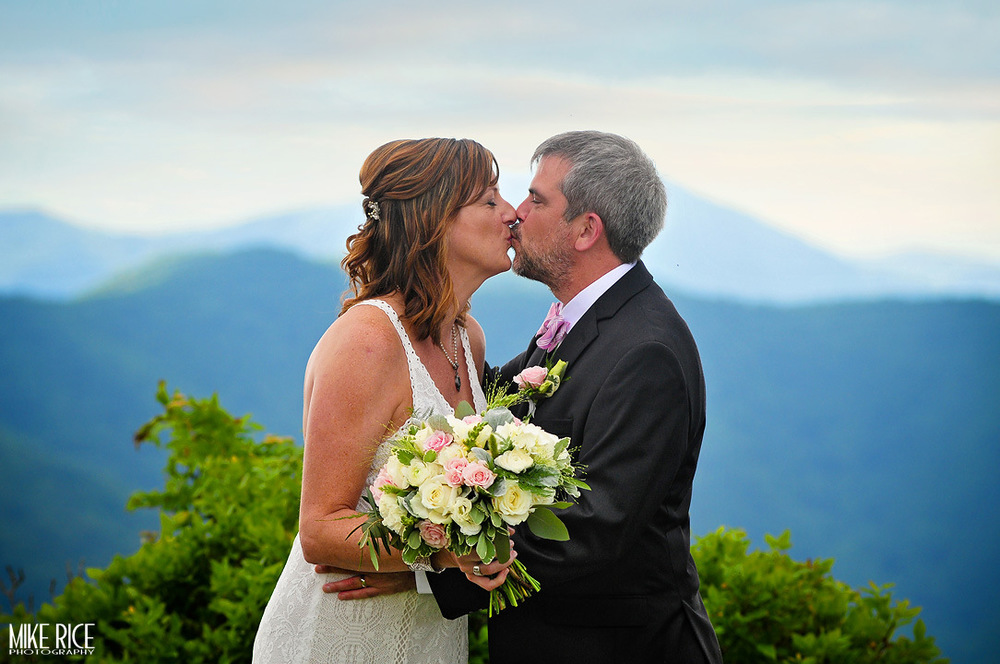 Wedding Photography - North Carolina - Black Mountain Wedding Photography