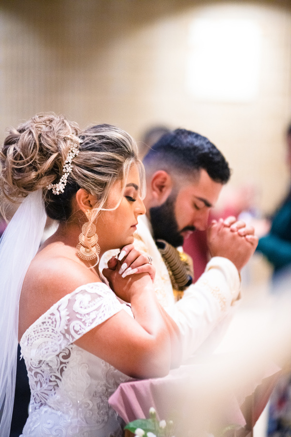 Amryn Soldier: Weddings, Elopements, and Portrait Photographer - Alma and Jesus- St Thomas the Apostle Catholic Church