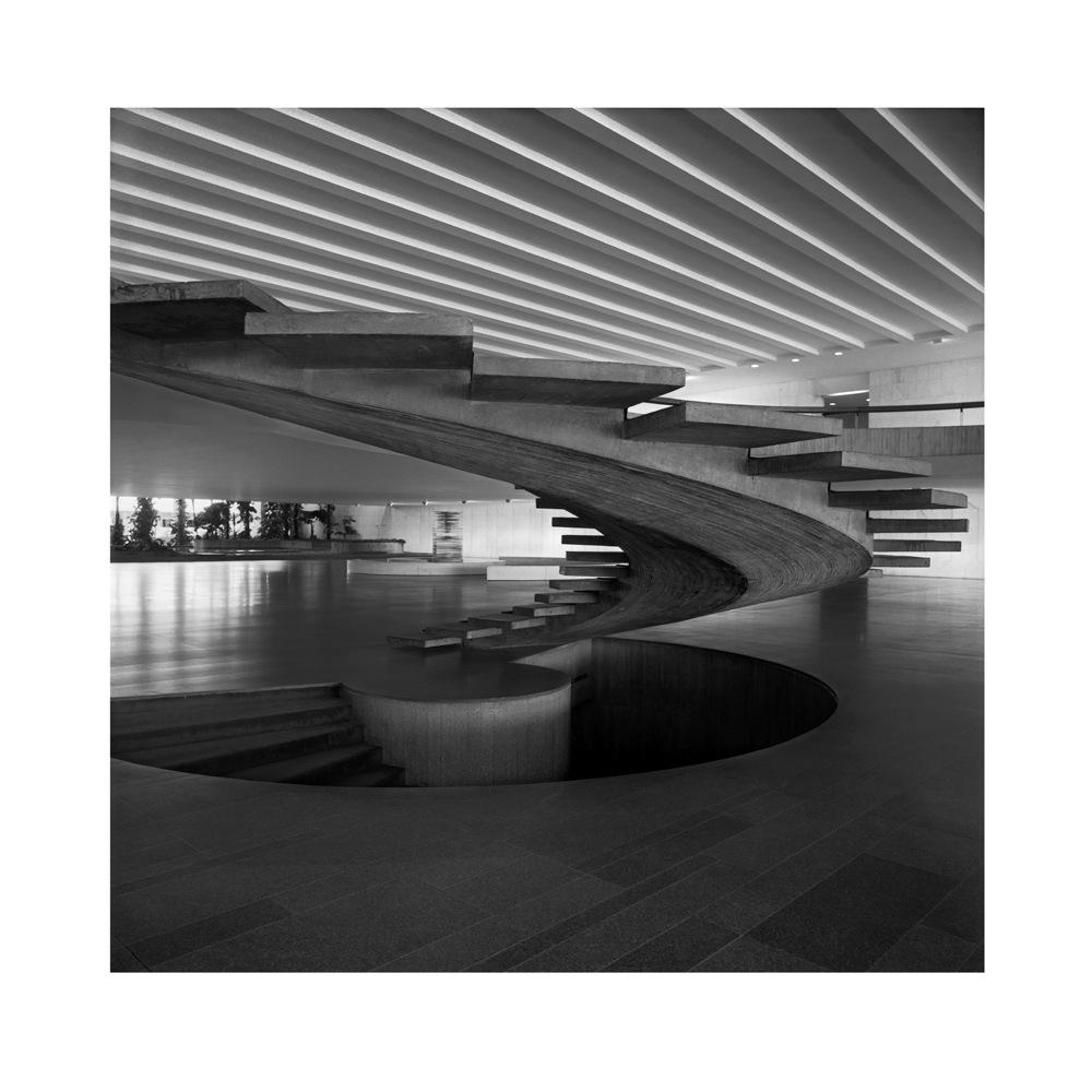 Leopoldo Plentz Fotografias - Palácio do Itamaraty, escadaria II, 2007