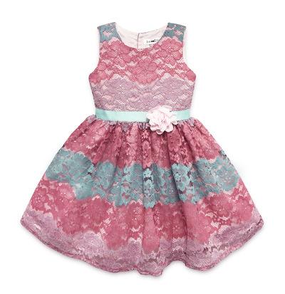 Kimberlee Peers-Moore Designer - Tamera Coral. Lace dress designed by Kimberlee Peers Moore. For Spring 2017