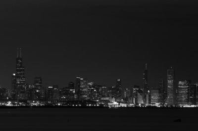 Sean Pinto photoGRAPHY - Chicago skyline from the Lakeshore Drive - B/W