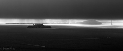 Sean Pinto photoGRAPHY - Storm coming in over Alcatraz