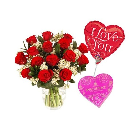 FlowersDeliveryUK - I Love You Gift Set