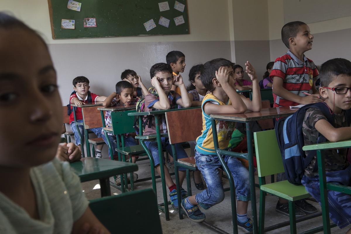Adrienne Surprenant - Salle de cours à Tuyoor el-Amal. Les locaux sont loués à une école Libanaise, et disponibles pour les jeunes syriens tous les après-midi.