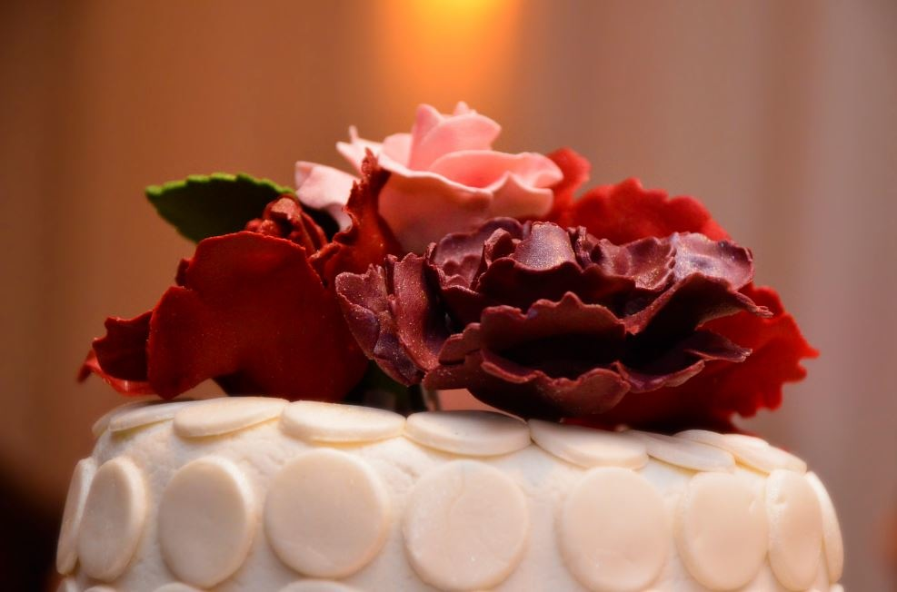 Simply Cakes - Engagement Party Cake Topper - Flower Detail
