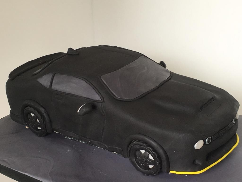 Simply Cakes - Charger car birthday cake