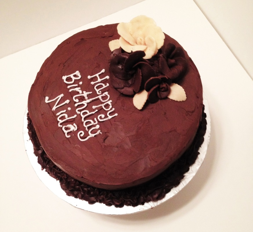 Simply Cakes - Chocolate by Night - a rich chocolate mud cake with chocolate ganache frosting and a white chocolate filling