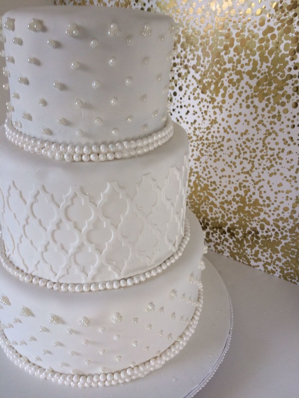 Simply Cakes - Simple yet elegant Wedding cake with Moroccan design and pearl detailing