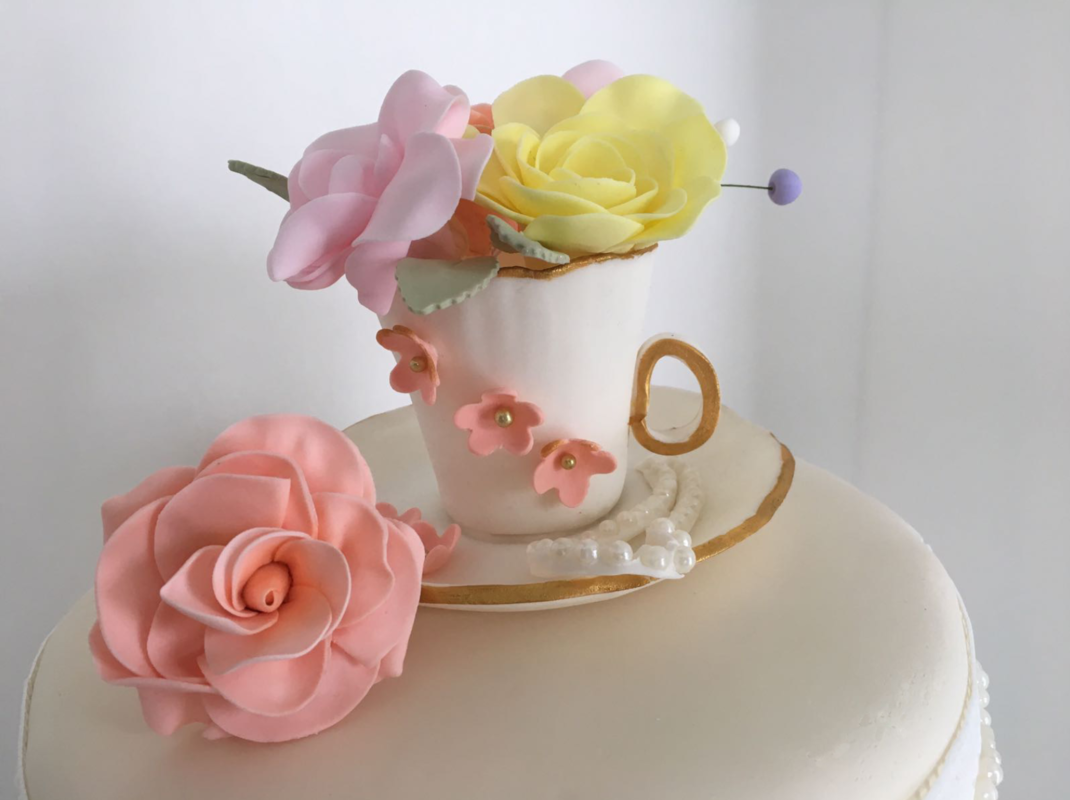 Simply Cakes - Teacup and flowers cake topper