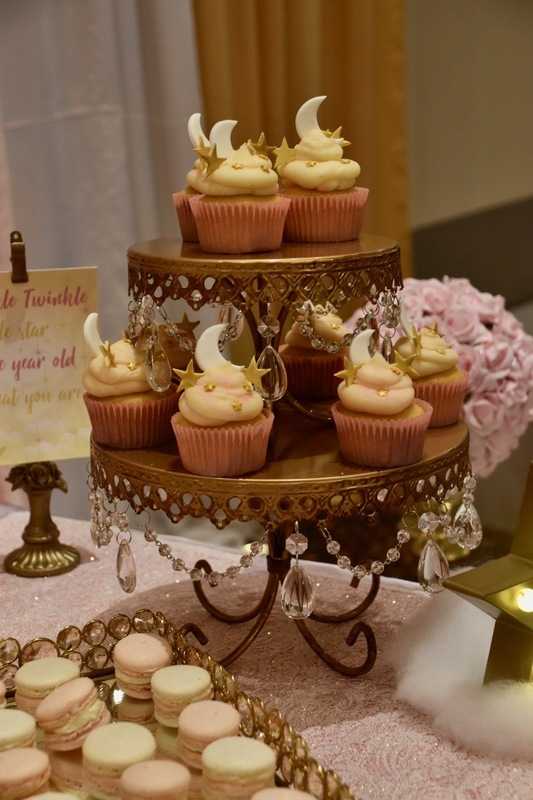 Simply Cakes - Twinkle Twinkle Little Star Cupcakes