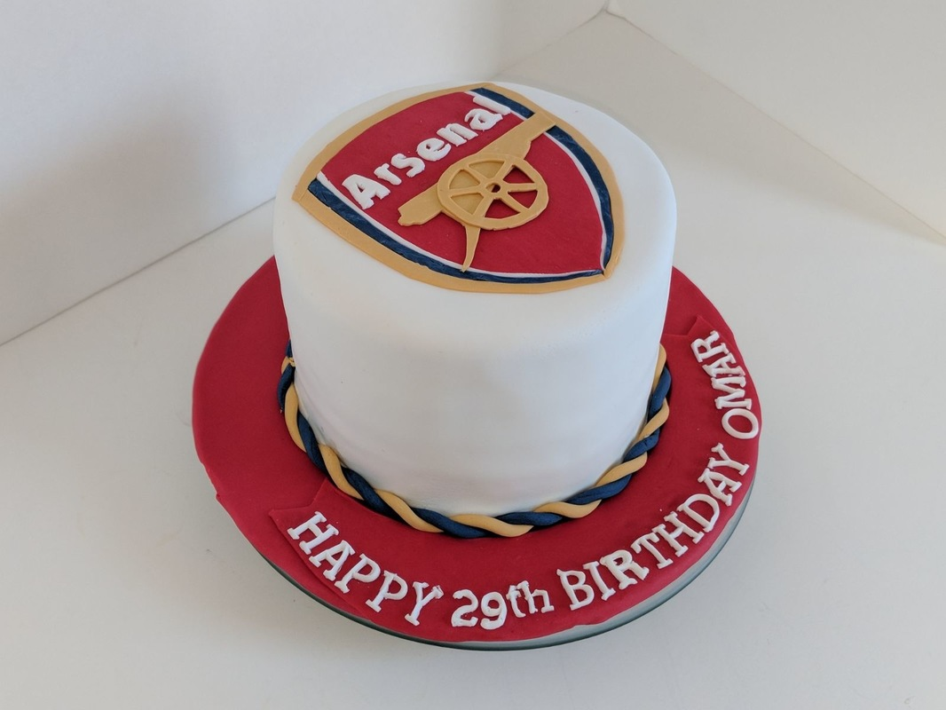Simply Cakes - Arsenal themed birthday cake