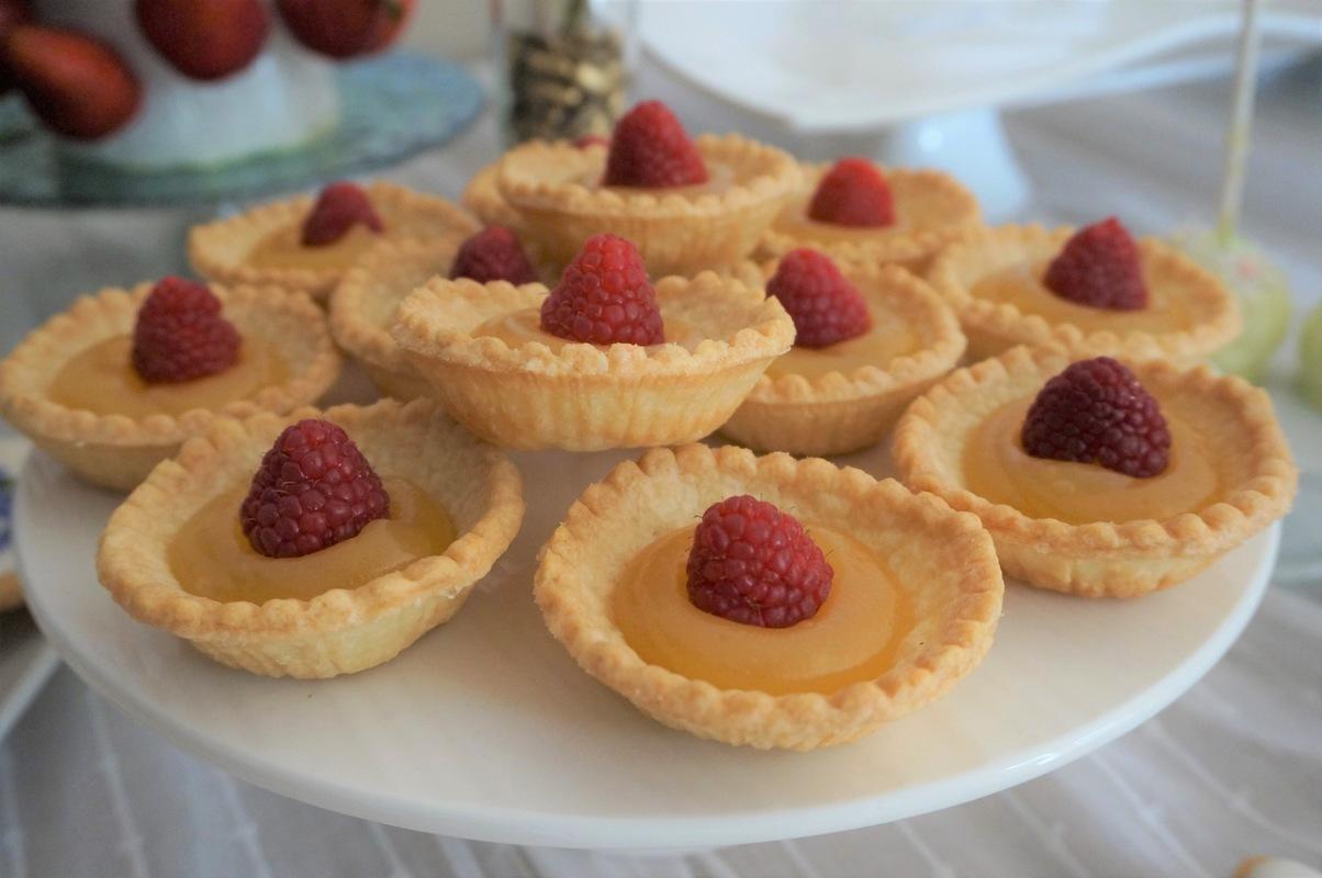 Simply Cakes - Lemon tarts for a bridal shower dessert table