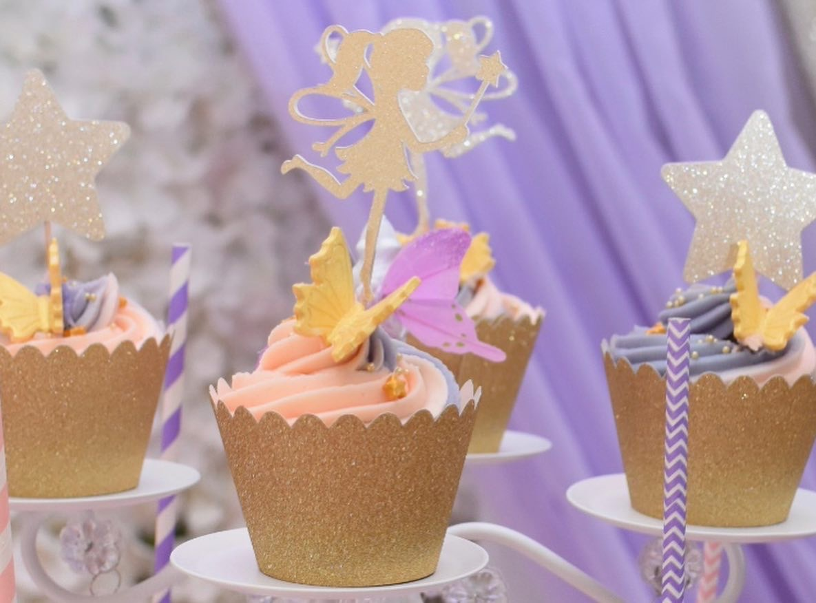 Simply Cakes - Close up of the pink and purple cupcakes!