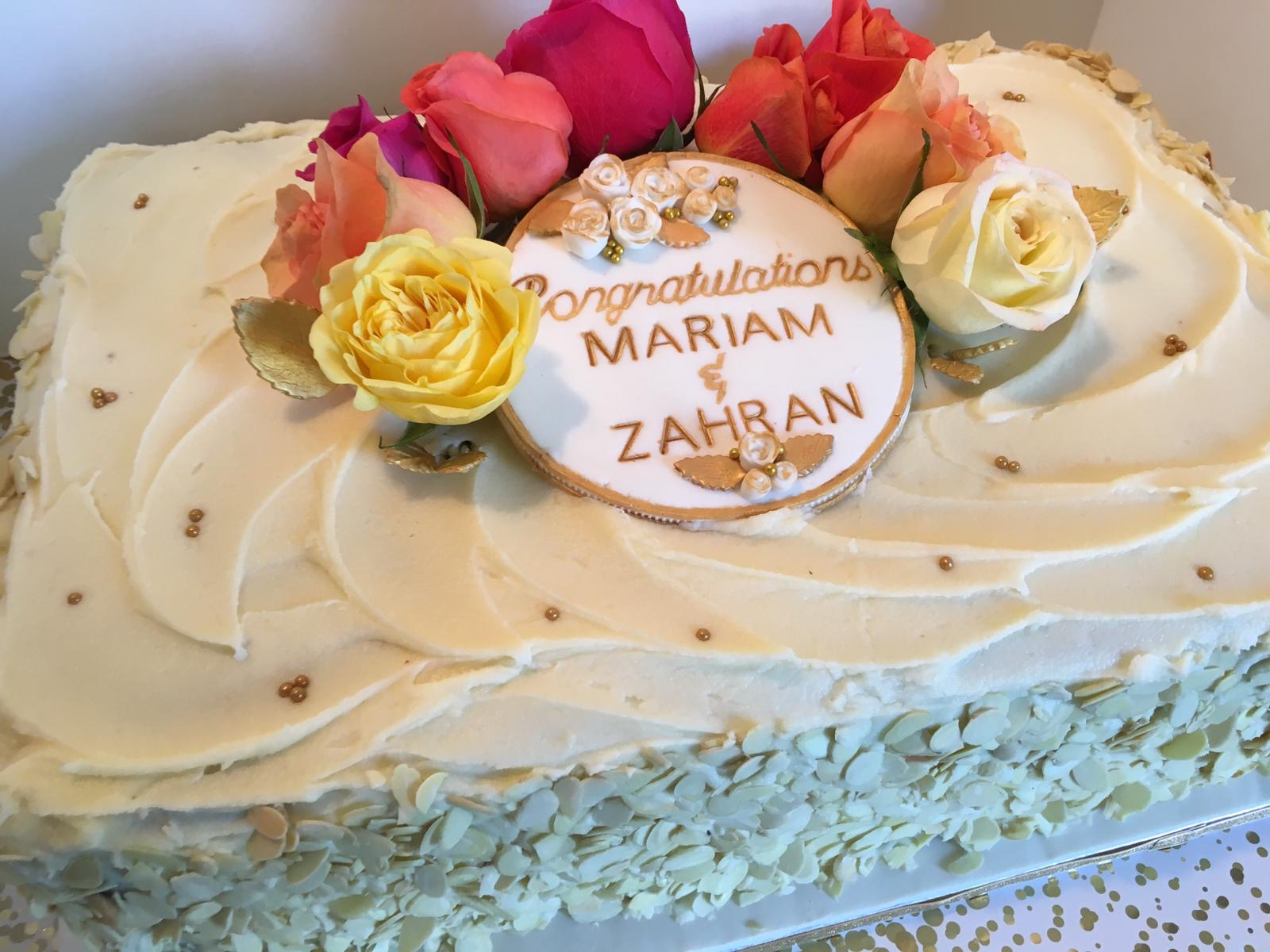 Simply Cakes - Engagement Cake with fresh flowers