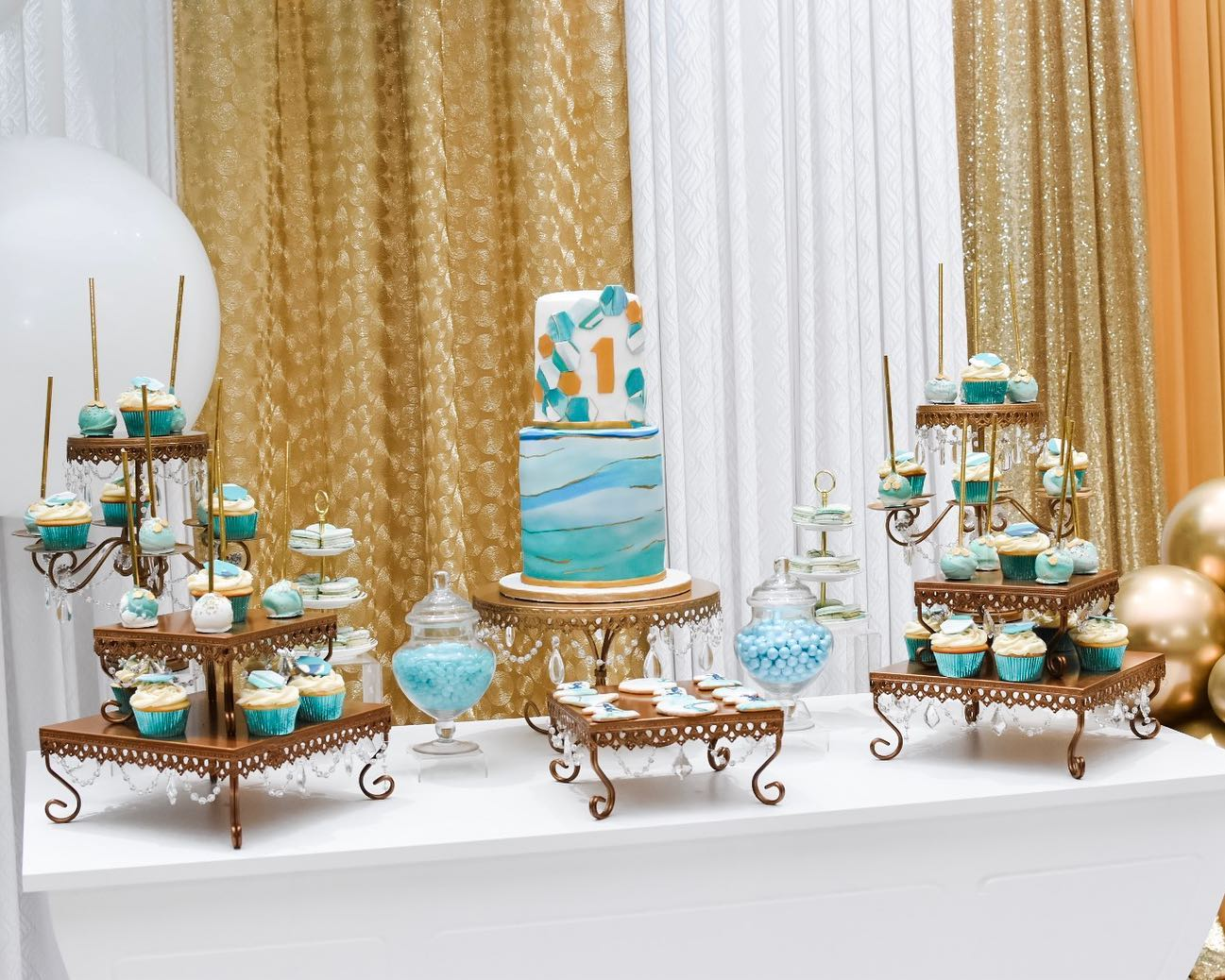 Simply Cakes - Full dessert table (decor by Elaborate Creations)