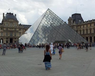 Damon Lum Photography - Allure, Pyramide du Louvre
