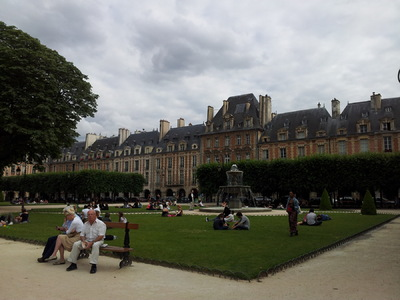 Damon Lum Photography - Place des Vosges, Paris