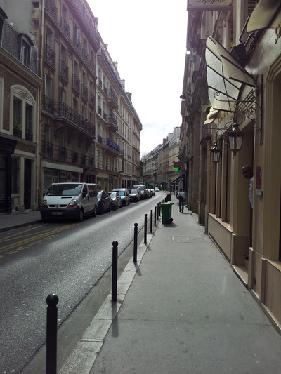 Damon Lum Photography - Bon Matin, Rue des Martyrs, Paris