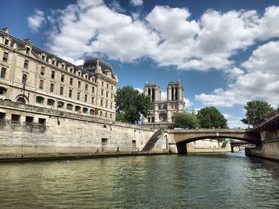 Damon Lum Photography - Cathédrale Notre Dame de Paris.