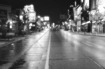 Damon Lum Photography - Tuesday Night, Clifton Hill, Niagara Falls