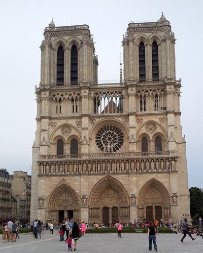 Damon Lum Photography - For Whom, Cathédrale Notre Dame de Paris