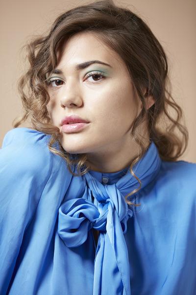Taylor Barker Makeup -