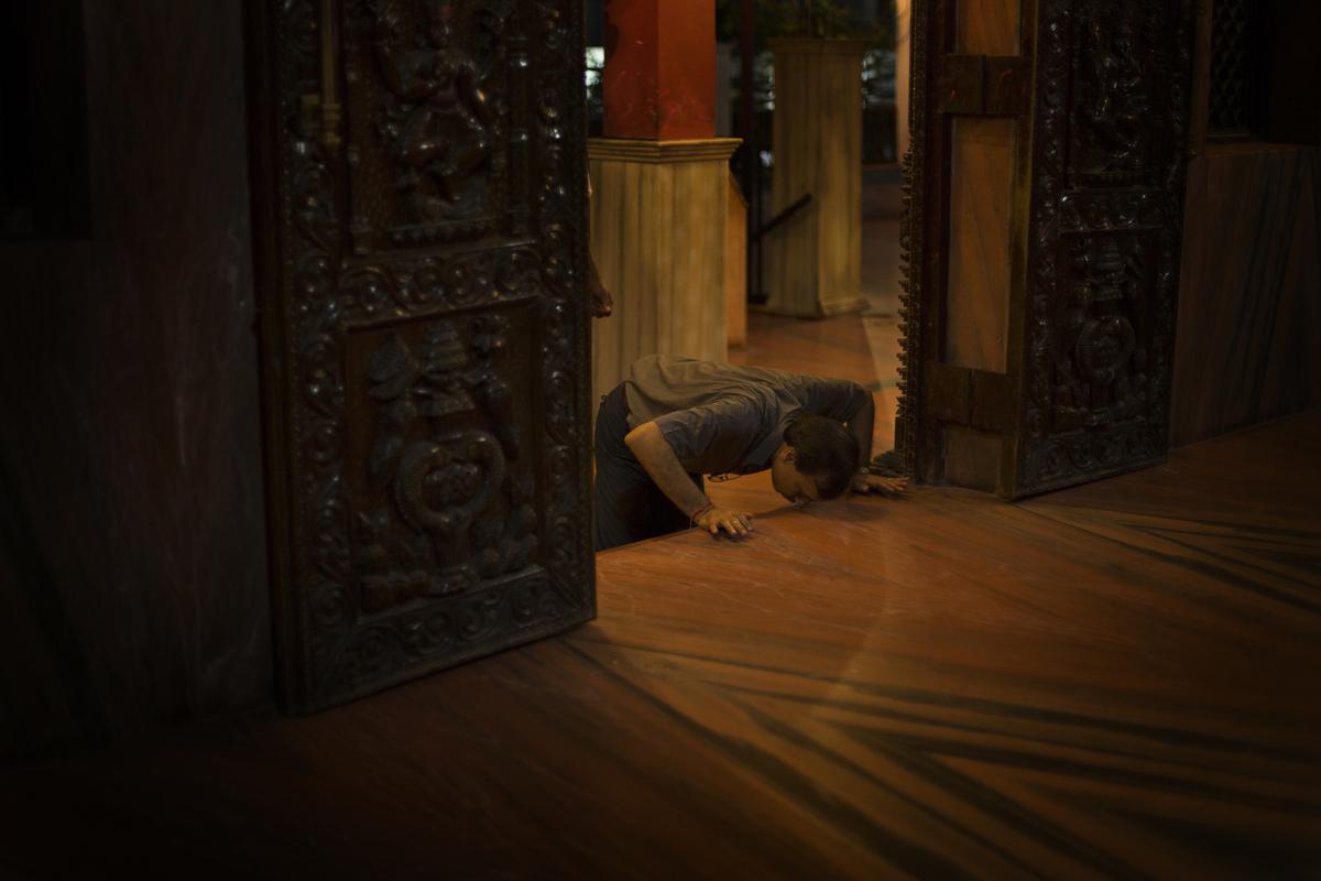 Jennifer Gonzalez | Multimedia Photojournalist - Thamel, Nepal, 2013.