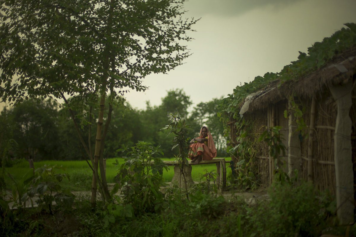 Jennifer Gonzalez | Multimedia Photojournalist - Waiting before a storm in the district of Saharsa, India. India, 2013.