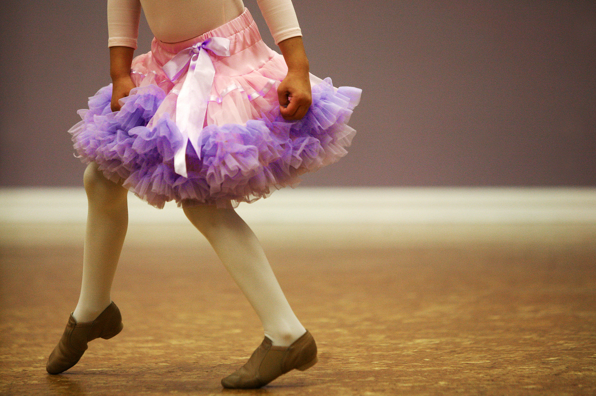 "Jennifer Gonzalez | Multimedia Photojournalist - Selena Letinske, 6, practices a dance sequence during free time at Arabesque Dance Studio in Carterville, IL. ""I like just dancing with the music,"" Letinske said, ""I like the music really loud!"""