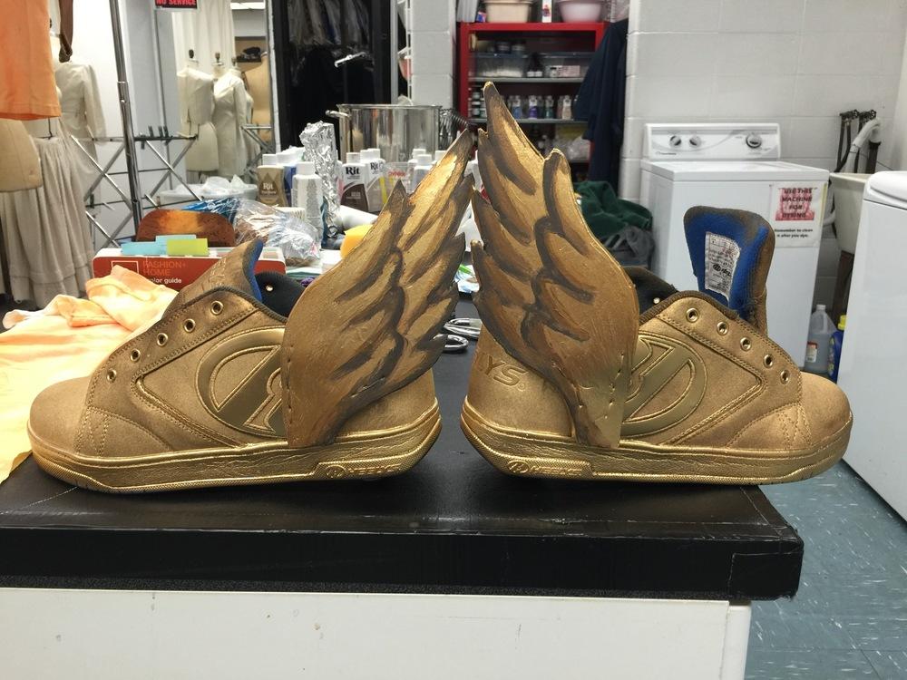Ariel Wang - Transform Heelys to Hermes wing shoes