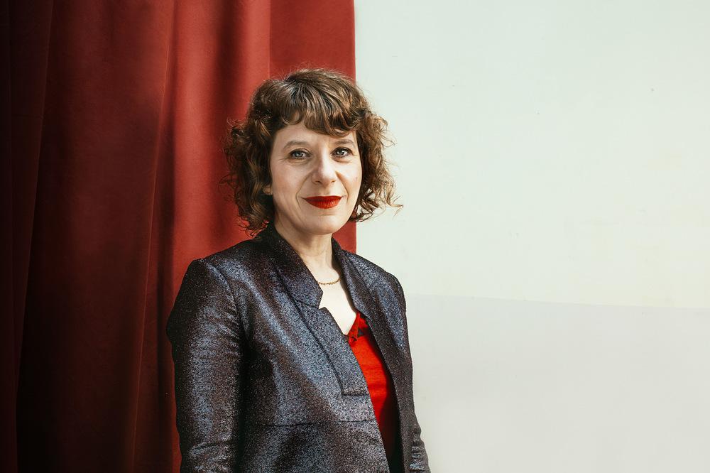 Julia Hembree Photo - Elisabeth Sudin